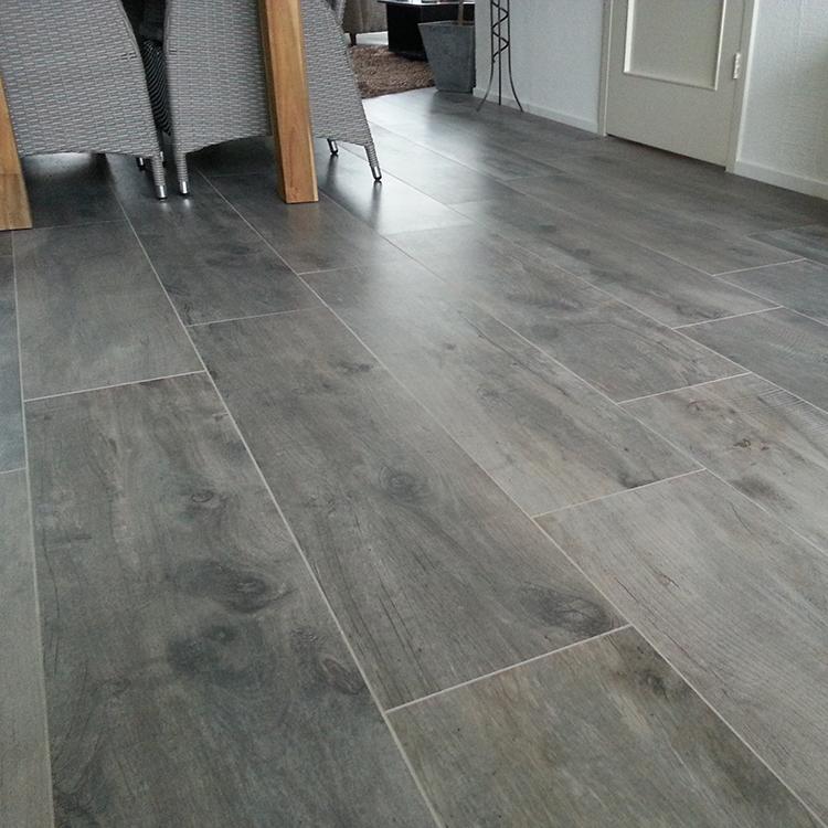 120x30 houtlook tegels keramisch parket italy taupe tegels laminaat - Badkamer imitatie parket vloertegels ...