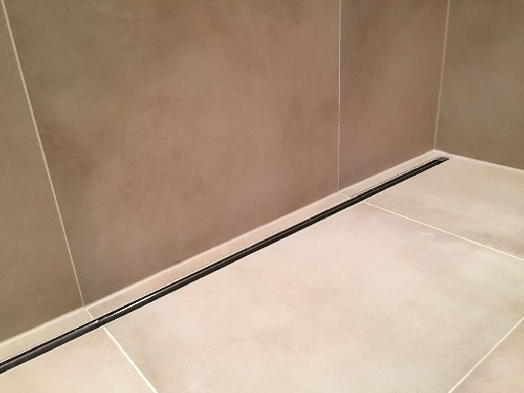 Badkamer Tegels Amsterdam : Beige betonlook tegels voor badkamer in amsterdam oost u2013 tegels