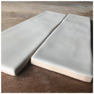 Handvorm tegel 7,5x30 Gebroken Wit Mat