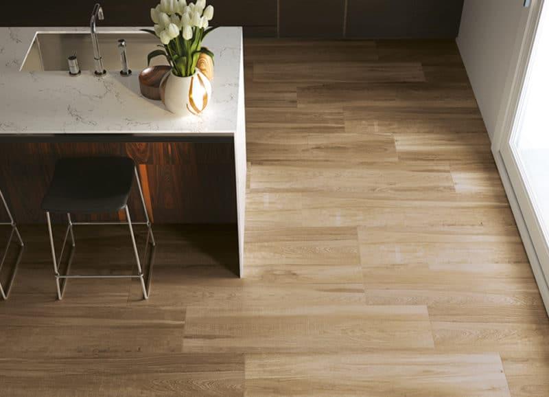 Houtlook Keuken Tegels : Achterwand keuken praxis inspirational houtlook tegels praxis