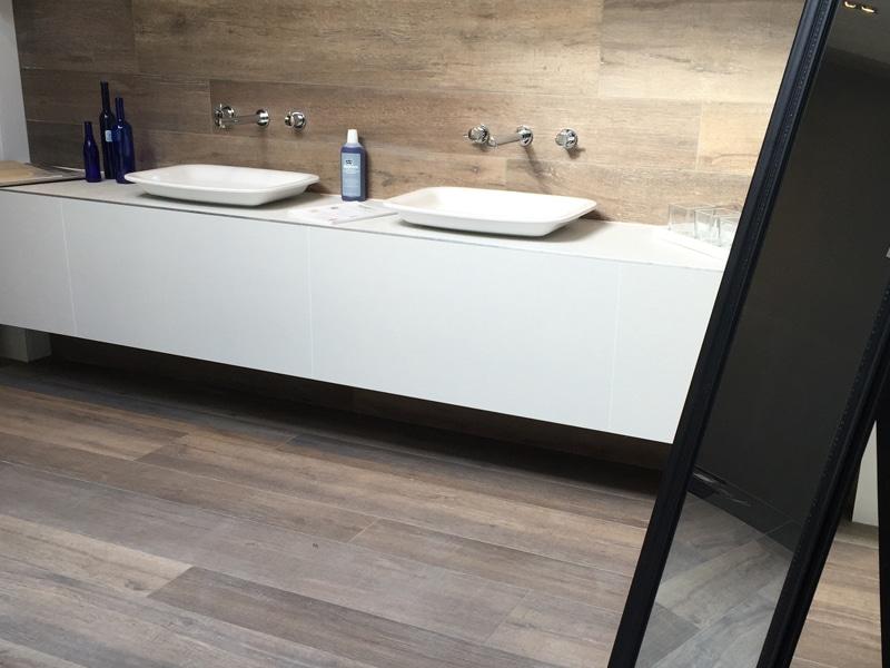 Keramisch Parket Badkamer : Parket of laminaat in de badkamer