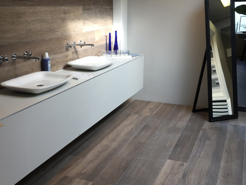 Houtlook tegels in de badkamer u tegels laminaat