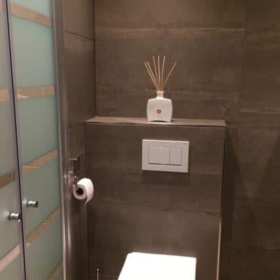 Leisteenlook Marmerlook Tegelstroken Badkamer