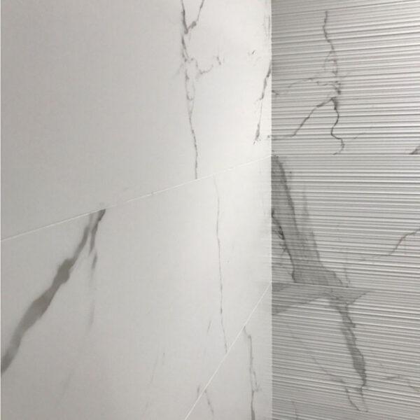 Marmerlook Tegel 120x40 Decor Wit Gestreept Statuario Relieve SF