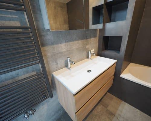Grijze Betonlook Tegels Badkamer met Beton Ciré Wanden