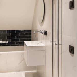 Handvorm Tegels 7,5x30 - Colonial Antraciet Zwart Glans Sfeer