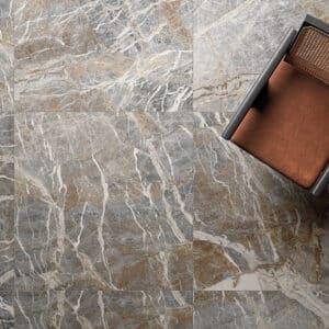 Marmerlook Tegels 80x80 i4 Carnico-B Bruin Grijs Hoogglans Sfeer