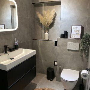 60x60 Warm Grijze Betonlook Tegels Badkamer