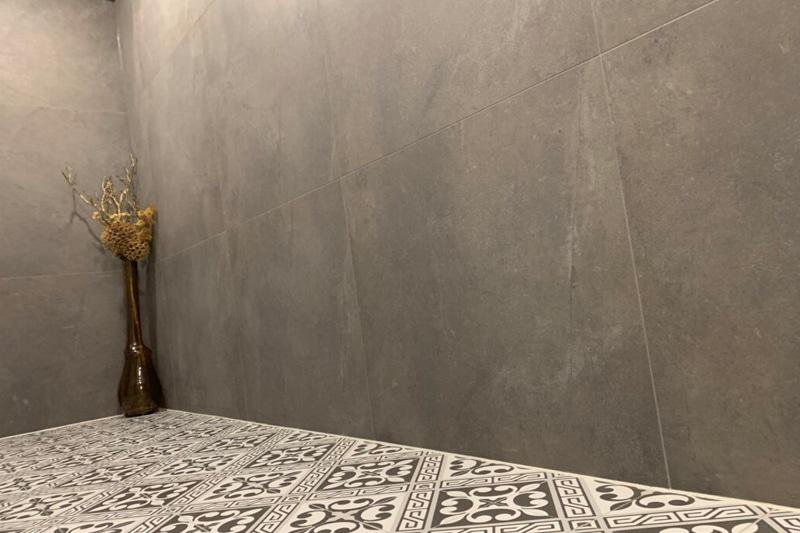 Betonlook Tegels Showroom