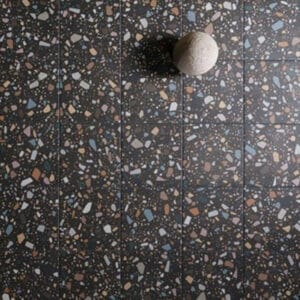 Terrazzo Tegels 18,6x18,6 - Confetti Zwart Multi Sfeer